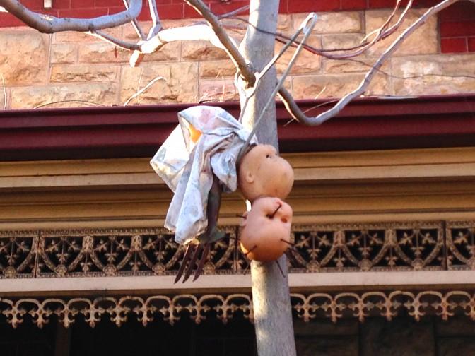 """""""El jardin de las munecas"""" (the garden of the dolls)"""